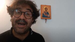 Don Christian volontario di Un Sorriso in Più