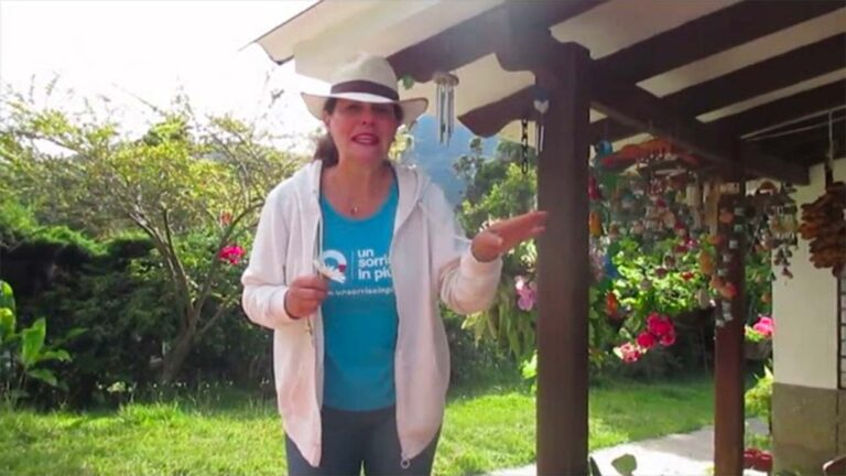 Eleonora volontaria Un Sorriso in Più un saluto dalla Colombia